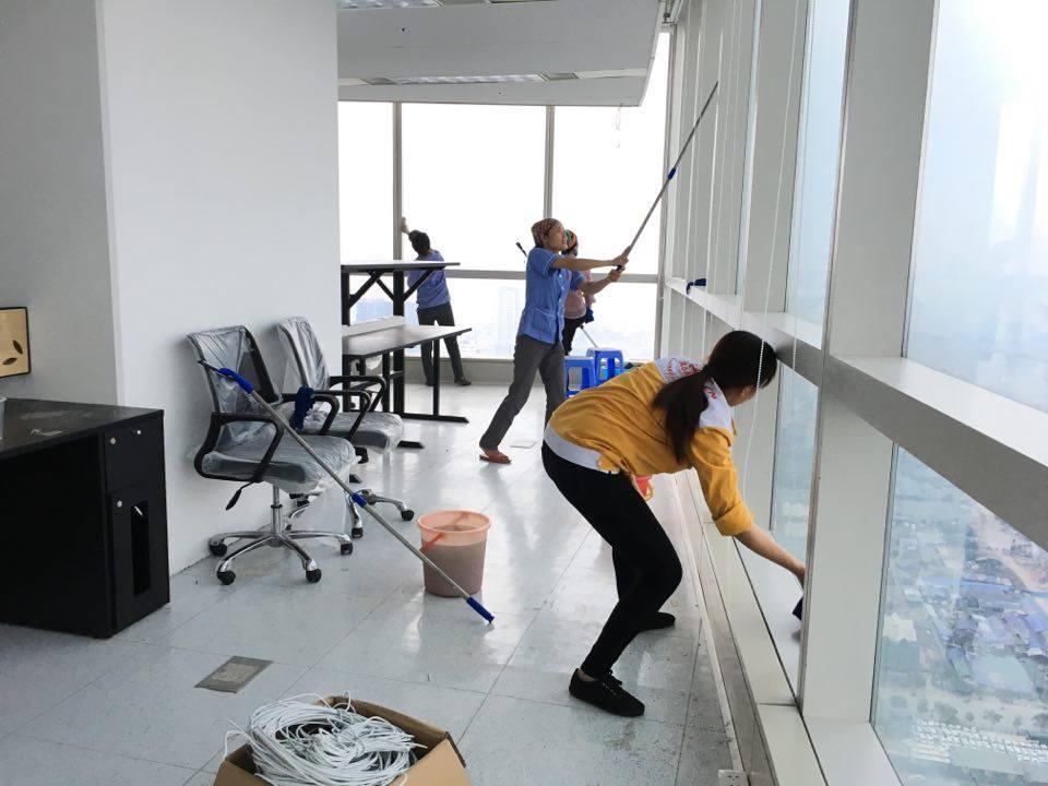 Cách tự vệ sinh nhà sau xây dựng