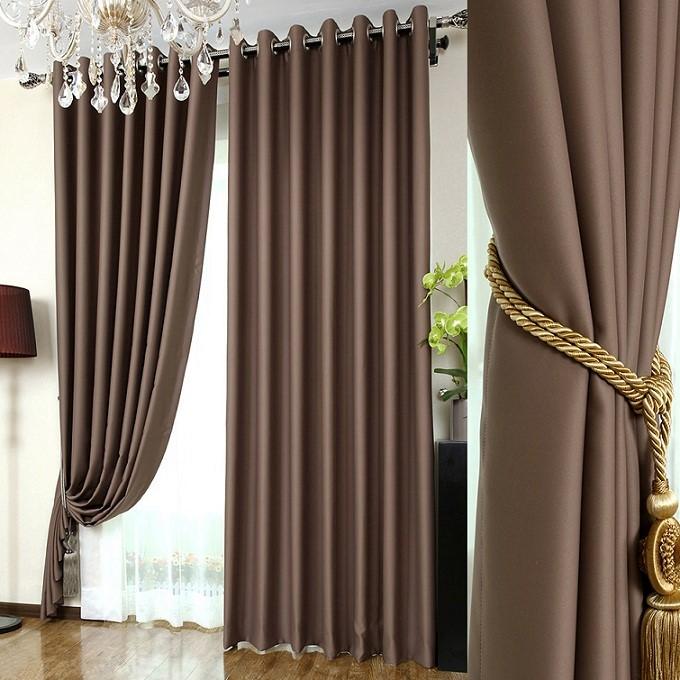 Chọn rèm cửa hợp với không gian phòng khách nhà bạn