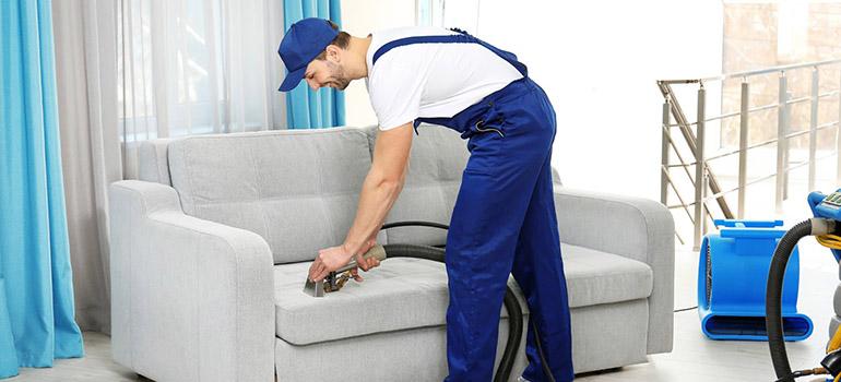 Dịch vụ giặt vệ sinh ghế  sofa tại nhà giá rẻ