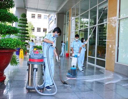 Dịch vụ vệ sinh văn phòng của Năm Sao