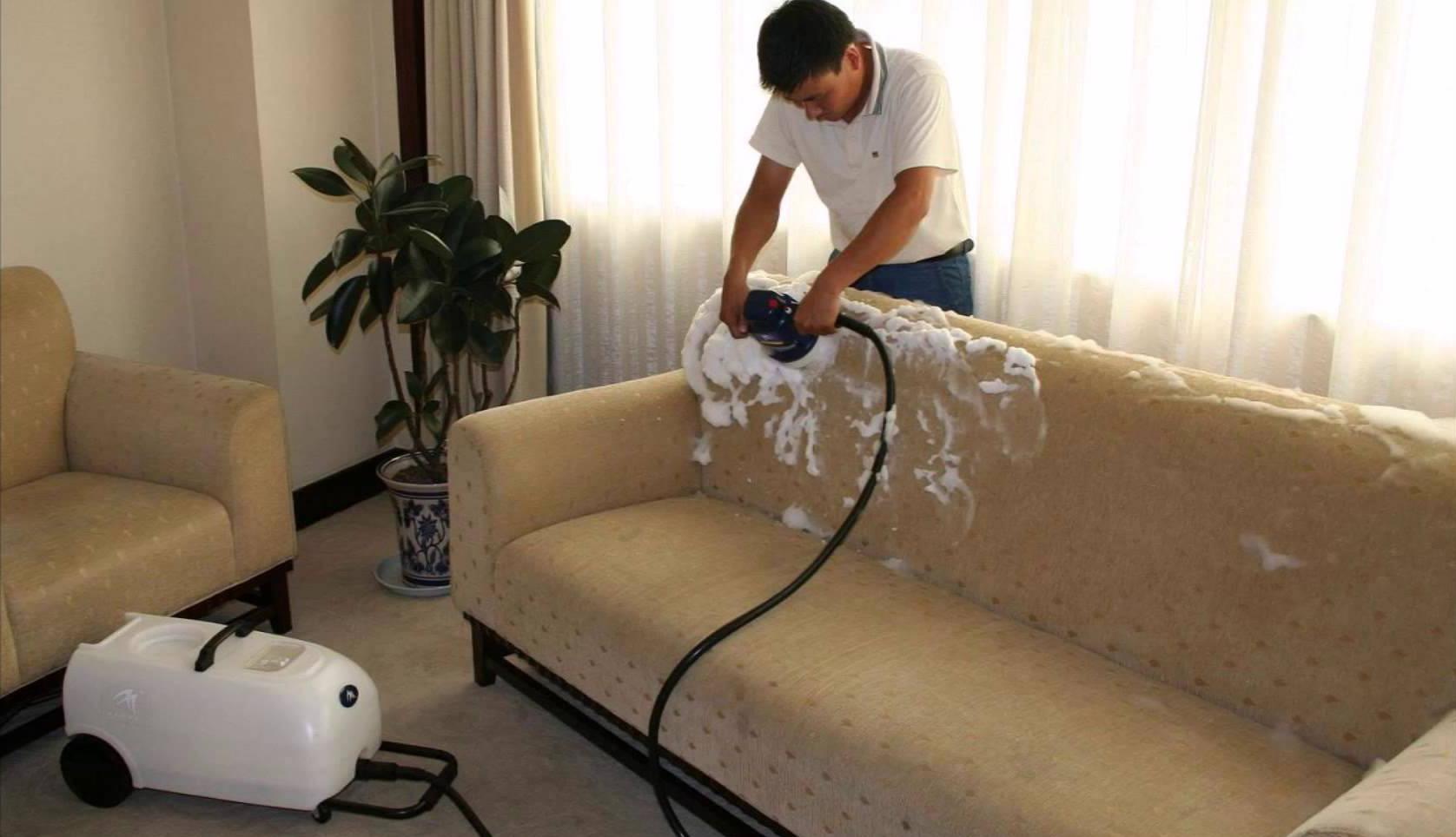 Làm sao để vệ sinh ghế sofa vải đúng cách