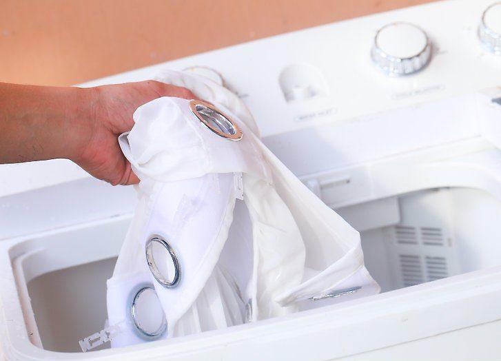 Một số lưu ý bạn cần biết khi giặt rèm cửa-màn cửa