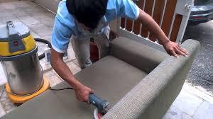 Quy trình giăt ghế sofa tại nhà chuyên nghiệp