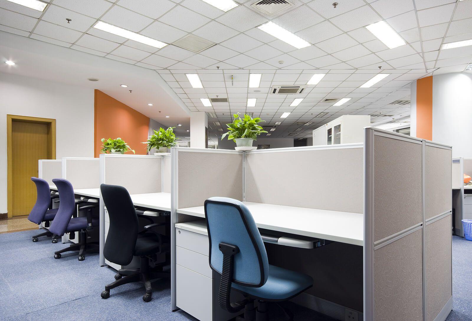 Thực hiện vệ sinh văn phòng đúng cách và các quy định